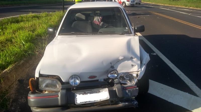 Polícia Militar Rodoviária - Acidente ocorreu próximo a um trevo na rodovia