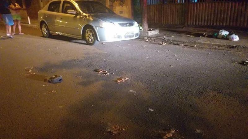 Facebook/Geraldo Gomes - Polícia encontrou tijolos quebrados na cena do crime