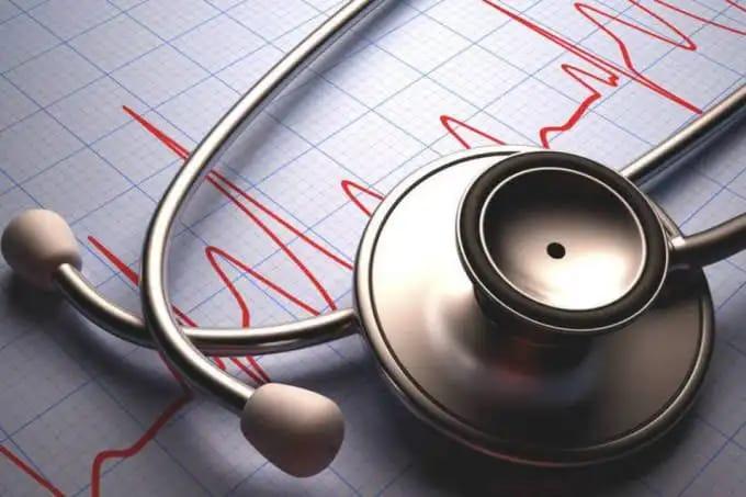 Abr - Em embate travado contra o novo coronavírus, profissionais da saúde não medem esforços, arriscando a própria vida
