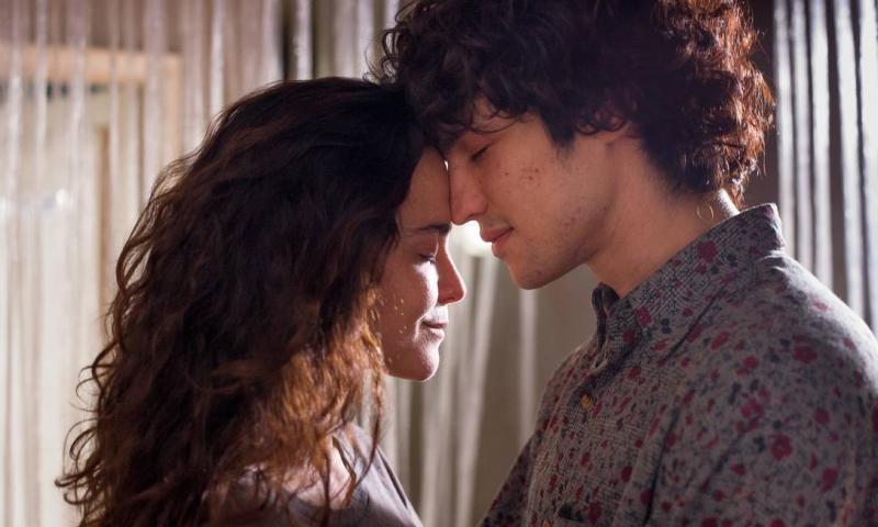 """Divulgação - """"Eduardo & Mônica"""" tem no elenco Gabriel Leone e Alice Braga"""