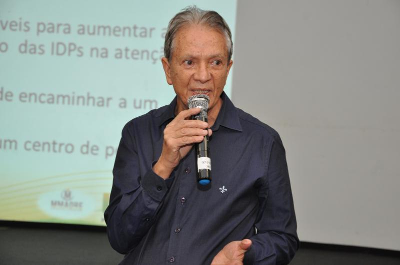 João Paulo Barbosa/Cedida - Dr. Euribel: atuação médica e estudos científicos sobre doenças raras e de difícil diagnóstico