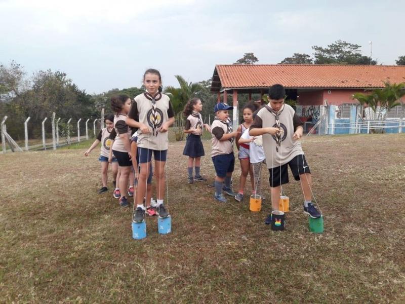 Cedida/ Vilma Castro - Crianças se divertem durante as atividades desenvolvidas pelo Grupo Monte Carmelo