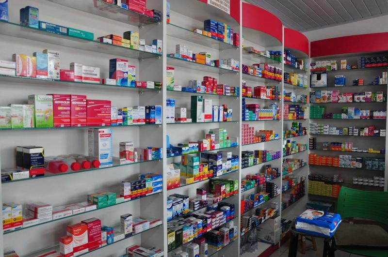Arquivo - Muitos medicamentos são facilmente comprados sem receita