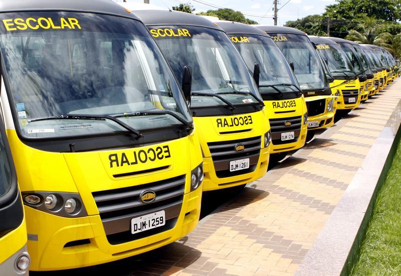Governo do Estado - Ônibus são equipados com dispositivo de acessibilidade e possuem características que permitem sua operação em zonas rurais