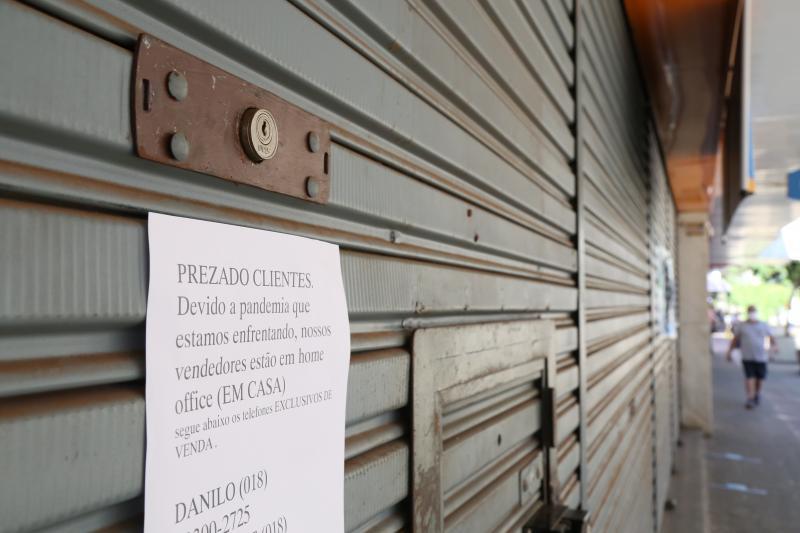 Arquivo - Plano visa reabertura do comércio em três fases