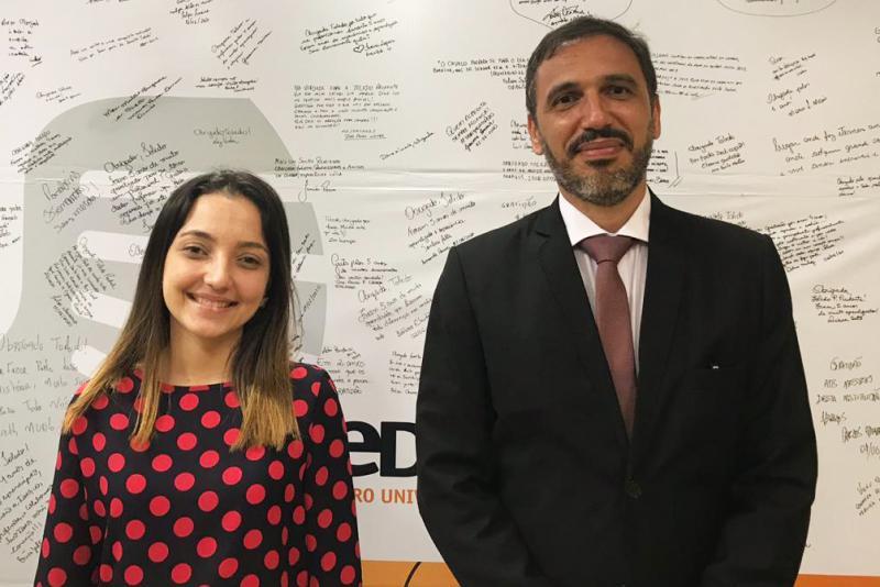 Beatriz Ferruzzi Rebes e Marcus Vinicius Feltrim Aquotti: finalistas na 21ª Jornada da Associação Mundial de Justiça Constitucional