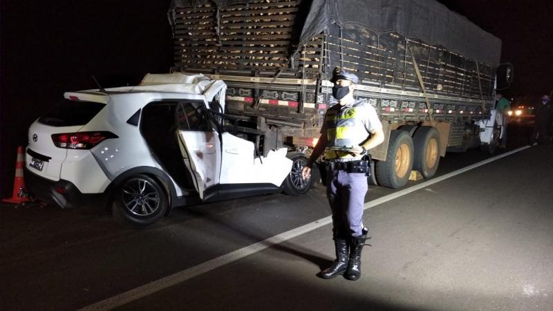 Polícia Militar Rodoviária - Polícia constatou irregularidades no caminhão