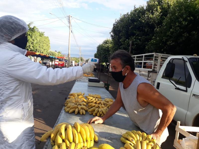 Prefeitura de Ouro Verde:Na feira-livre de Ouro Verde é realizada a barreira sanitária