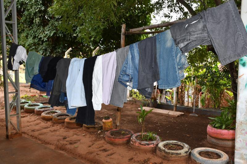 Marcos Sanches - Campanha conta com a distribuição de roupas femininas e masculinas de verão e inverno