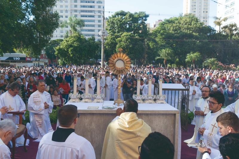 Missa em ação de graças será celebrada às 19h30 e poderá ser acompanhada pelo facebook
