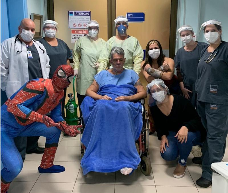Cedida - Antenor ficou intubado durante 16 dia na UTI