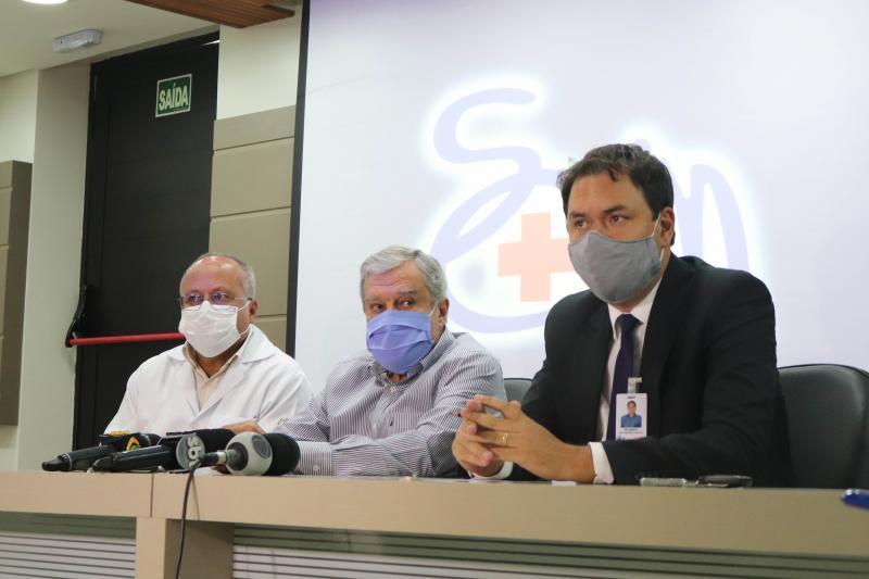Marco Vinicius Ropelli - Representantes do corpo clínico, do jurídico e provedor falaram à imprensa na manhã de ontem