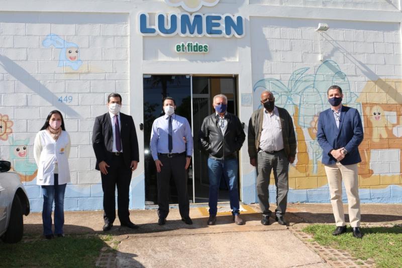 Diretores da OAB e da associação Lumen et Fides: palestra on-line beneficiou projeto social