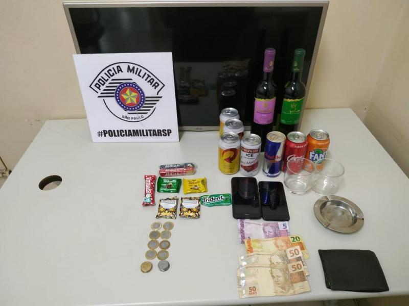 Polícia Militar - Uma terceira pessoa foi indiciada após guardar a televisão furtada