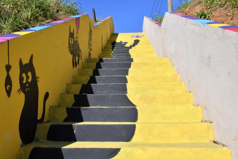 """Marcos Sanches/Secom - """"Escadaria do gato preto"""": Itamar Xavier deu novas cores ao local"""