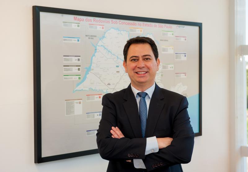 Cart - René tem trabalhado no setor de logística e transporte por mais de 20 anos