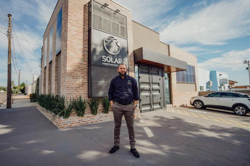 Douglas Andrade inaugurou essa semana a filial da Solar PP, em Londrina: dinamismo, em plena pandemia