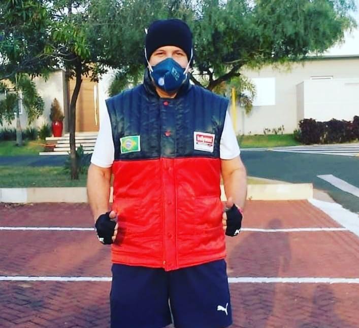 Alexandre Motta Chemin retornando às atividades após 22 dias isolado devido à Covid