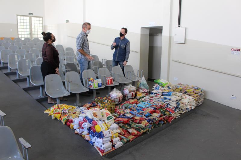 Mariana Padovan/Secom - Entrega dos alimentos foi realizada na tarde de ontem ao Fundo Social de Solidariedade de Prudente