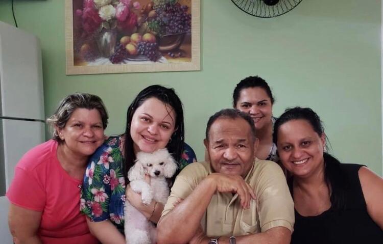 Arquivo pessoal - Francisco é casado com Izabel e tem 3 filhas