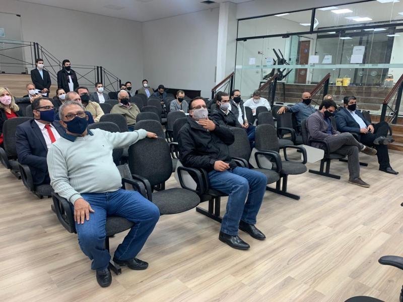 Sinomar Calmona - Representantes dos partidos puderam participar da reunião na OAB