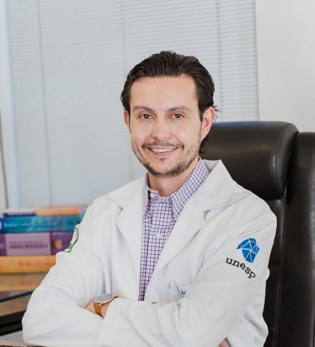"""André Camara: """"Prevenir e quando necessário tratar precocemente é fundamental para manutenção de uma boa qualidade de vida"""""""