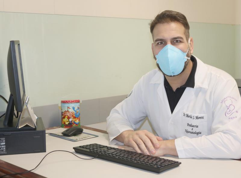 AI do HR - Pediatra Murilo incentiva o aleitamento materno exclusivo e como complemento