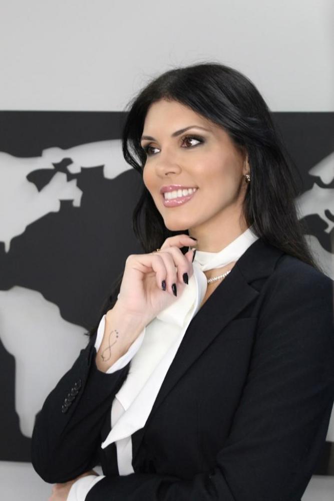 Katia Cotini nasceu em Presidente Prudente, mas reside em São Paulo há mais de 25 anos. Vem sempre à cidade para rever a família