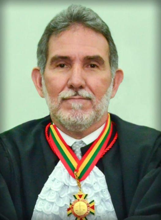 Atualmente, Luiz Camolez é presidente da 1ª Câmara Cível