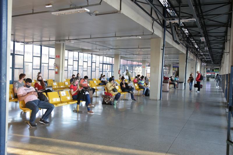 Weverson Nascimento -Fluxo de passageiros no terminal rodoviário ainda é muito menor que em anos anteriores