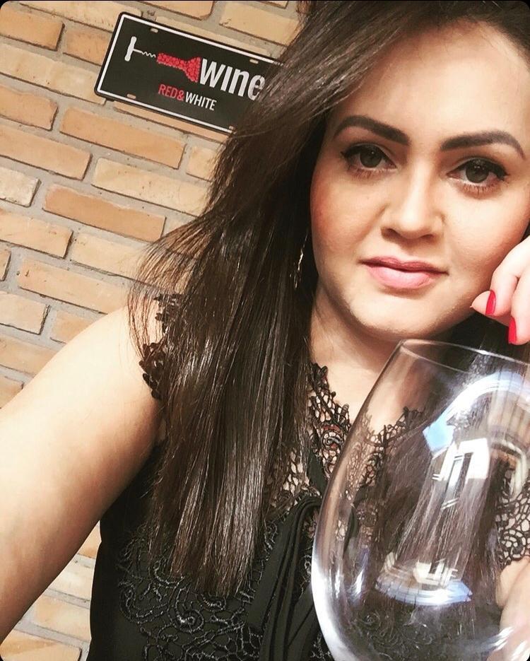 Nanda Souza fará em outubro a prova para a principal certificação internacional para especialistas em vinho