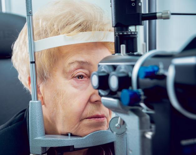 Freepik - Vários são os fatores de risco do glaucoma, que geralmente acomete pessoas acima dos 40 anos