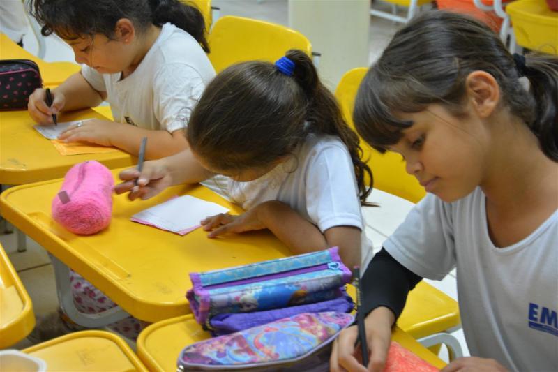 Patrícia Motta/Seduc - Secretaria realiza, no momento, consulta aos pais sobre retorno às aulas presenciais
