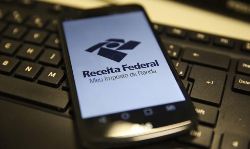 Marcello Casal Jr./Agência Brasil - Consulta ao extrato do processamento da declaração pode ser feito junto ao app da Receita
