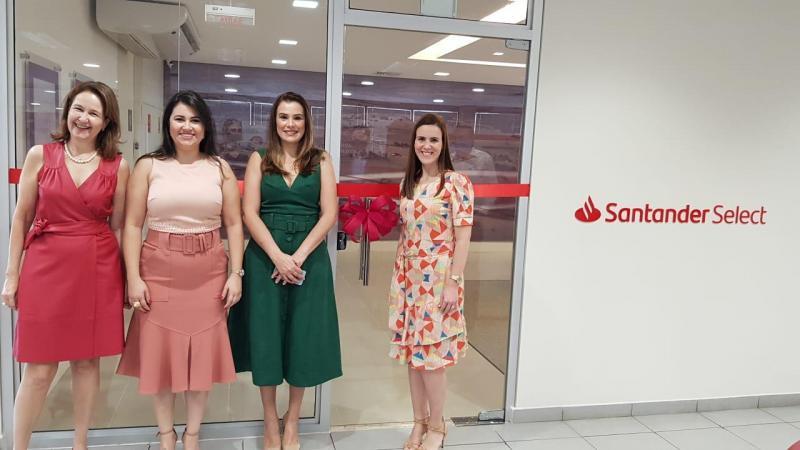 Cerimônia restrita à equipe marcou a inauguração da segunda agência Select Santander, essa semana em Presidente Prudente