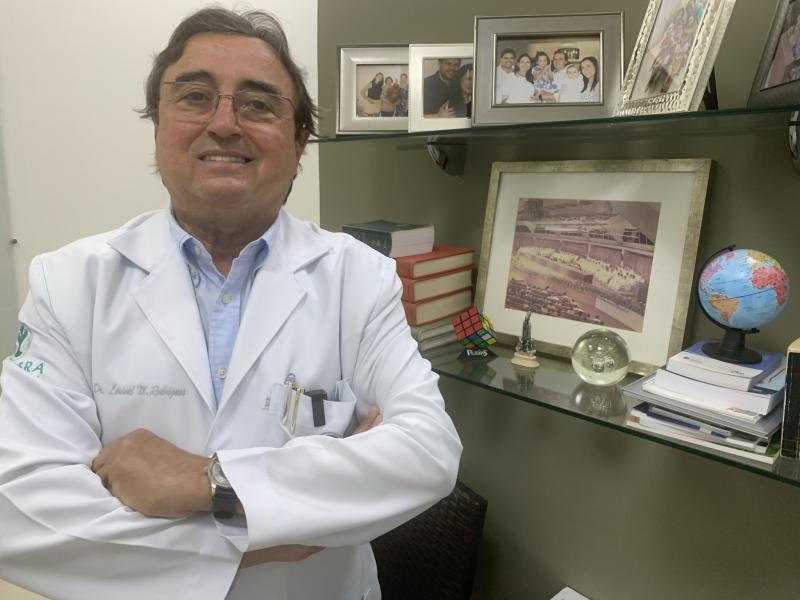 Lorival veio para o Brasil em 1962, com 11 anos de idade, e desde 1985 atua como urologista em Prudente