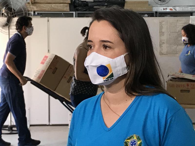 """Arquivo- Letícia: """"Quando muita gente deixa de votar, a minoria elege alguém"""""""
