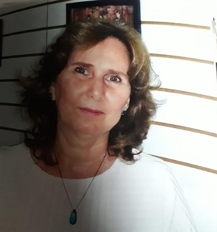 Maria Aparecida é membro associado da UBE/SP (União Brasileira de Escritores)e da APE (Associação Prudentina de Escritores)