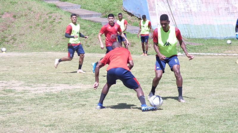 JulhiaMarqueti / AI Grêmio - Sob o comando de Ademir Fesan, time treinou forte durante toda a semana, até ontem