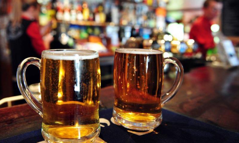 Com mudança, estabelecimentos podem vender bebidas alcoólicas até as 20h