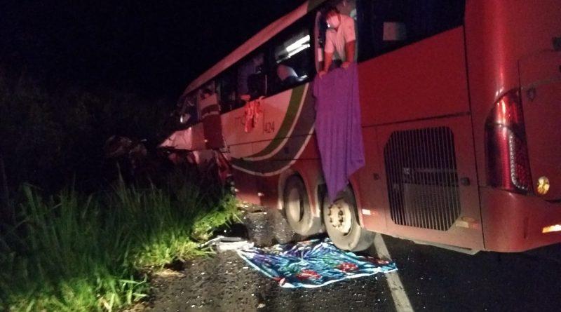 No ônibus havia 39 passageiros, sendo que cinco deles, incluindo o motorista, morreram