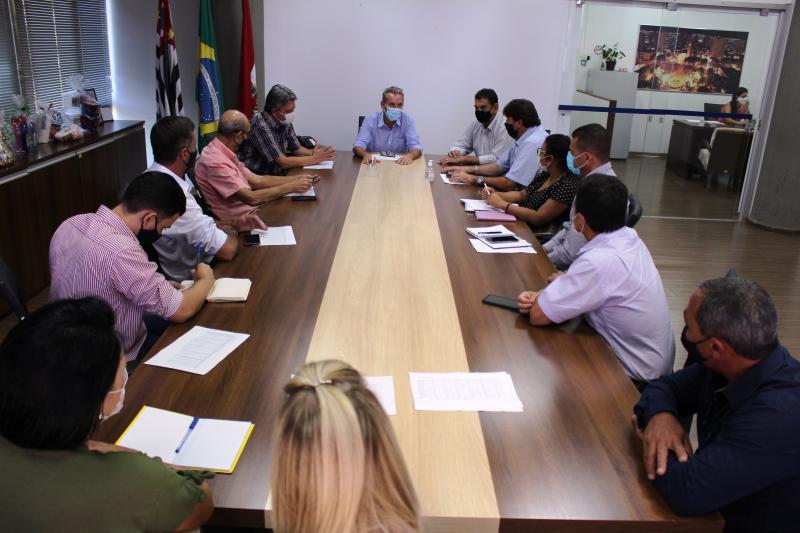 Executivo de Prudente se reuniu com representantes de sete cidades da região para discutir medidas