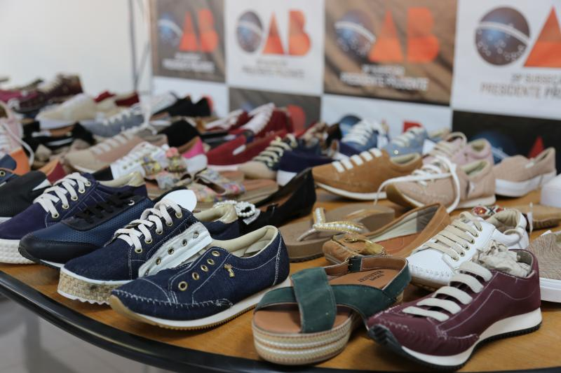 Calçados podem ser solicitados em contato com a OAB