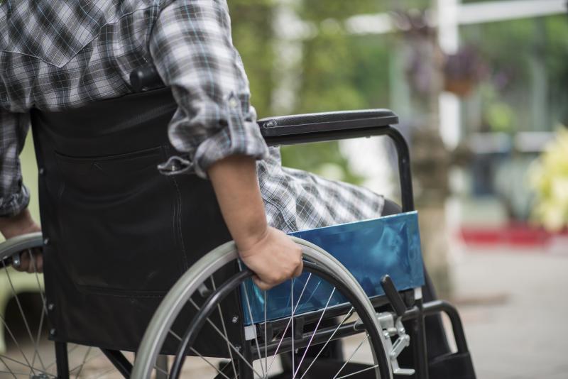 Pessoas com deficiência podem se inscrever para curso remoto de auxiliar administrativo