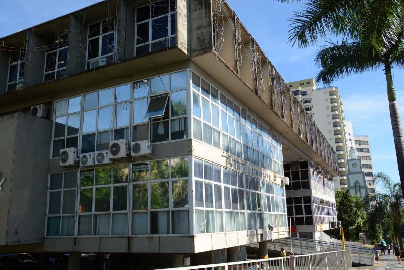 Reestruturação poderá atingir aproximadamente 90 cargos comissionados da Prefeitura