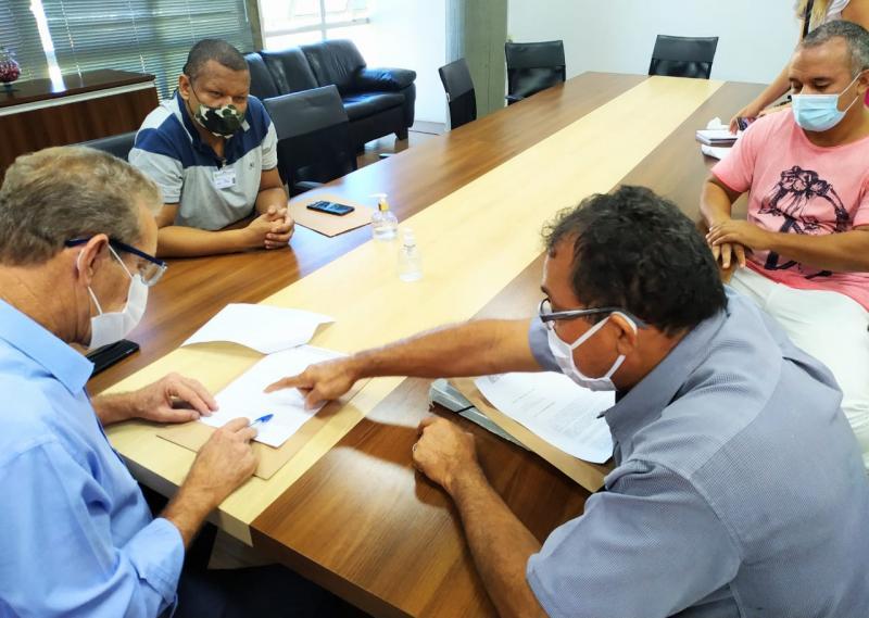 Ofício foi entregue ao prefeito de Prudente nesta sexta-feira