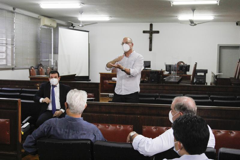 Representantes discutiram a situação do sistema de saúde de Prudente em razão da pandemia