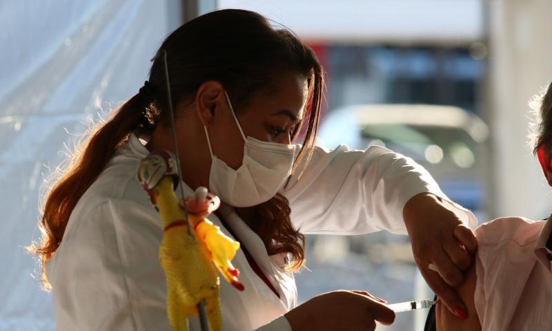 501.693 pessoas que tomaram a primeira dose dos imunizantes, ainda não tomaram a segunda dose