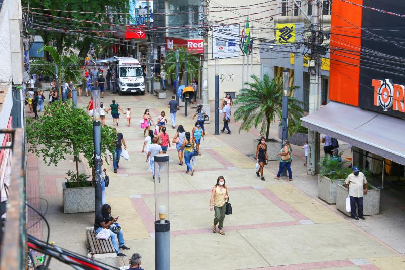 Campanha conscientiza cidadãos a consumirem no comércio local