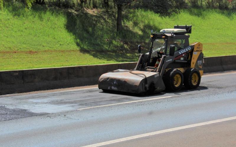 Trabalhos de recuperação do pavimento serão realizados entre terça e quinta
